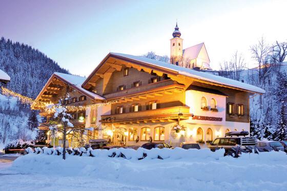 Hotel - Salzburger Hof - Dienten - Bilder - Hotel - Außenbild - Winter