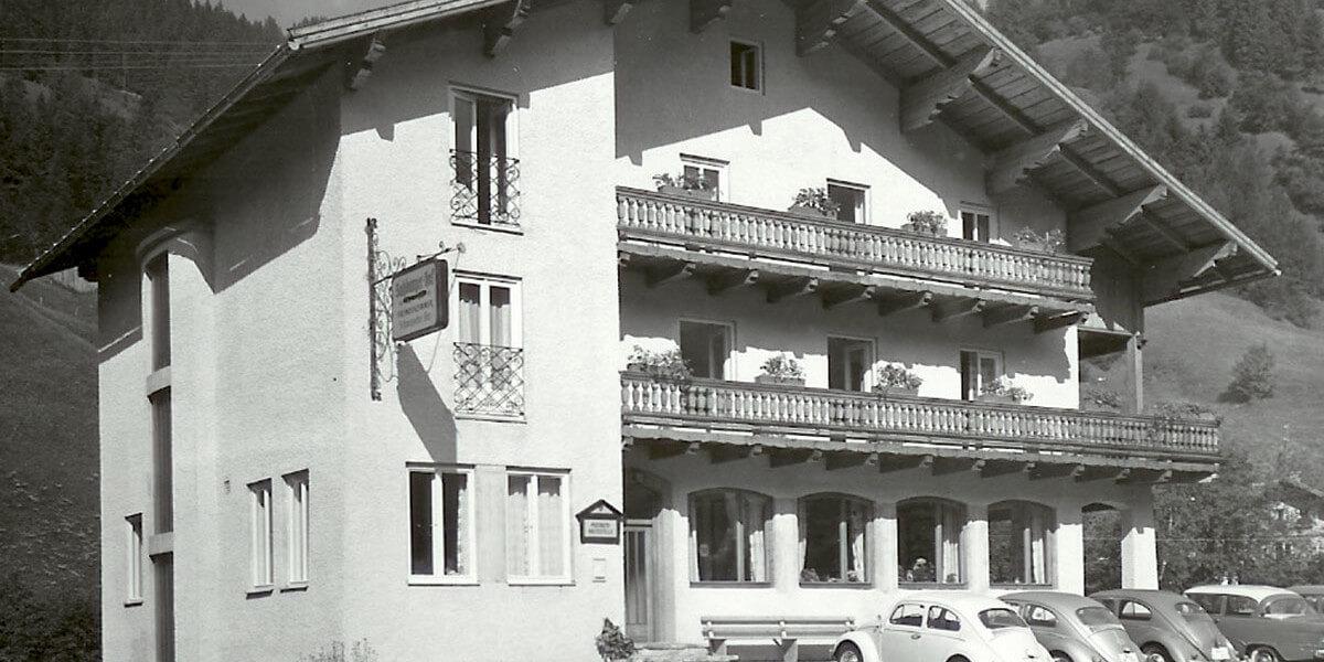 Salzburger Hof in Dienten früher